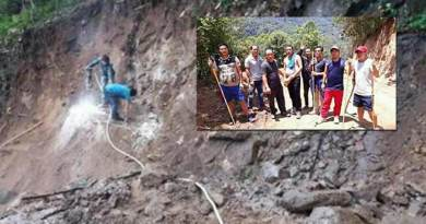 Arunachal: Villagers inspects under construction Kullung - Paga road
