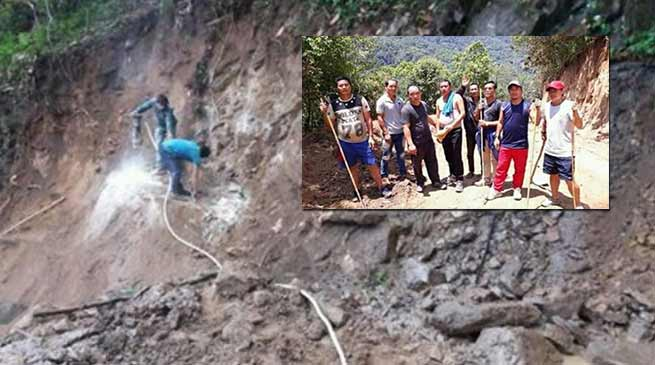 Arunachal: Villagers inspects under construction Kullung - Paga road