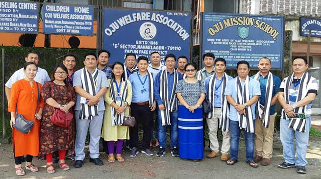 Arunachal:  APCS officers visits Oju Welfare Association
