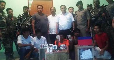 Itanagar: Police caught 5 gamblers with gambling materials and cash from Ganga Market
