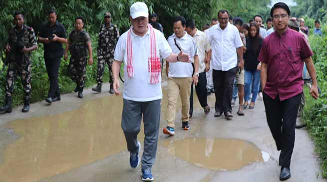Arunachal: Nabam Rebia Visits flood hits Hollongi Patila village