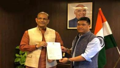 Photo of Arunachal: Khandu urges Jayant Sinha for early sanction of Green Field Airport