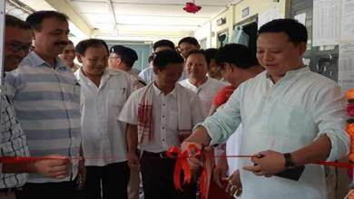 Photo of Arunachal : Kumsi Sidisow inaugurates Citizen's Lounge at EAC office