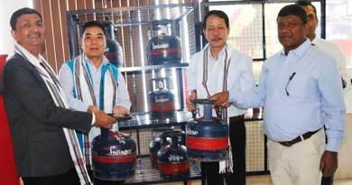 Arunachal:Libang launches small LPG cylinder