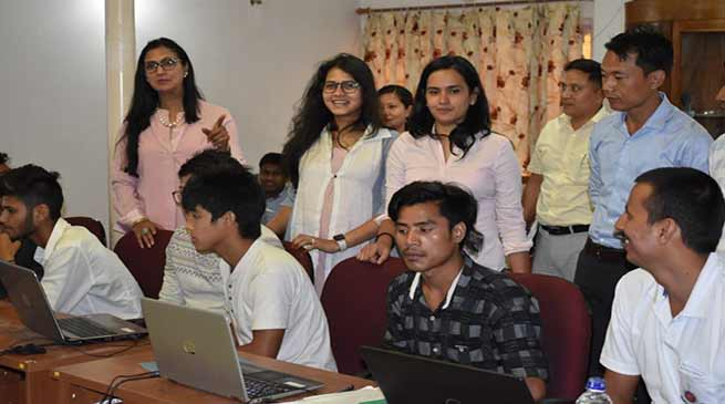 Arunachal: Free computer skills and graphics design workshop held for police children
