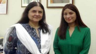 Photo of Maneka Gandhi congratulates Anshu Jamsenpa
