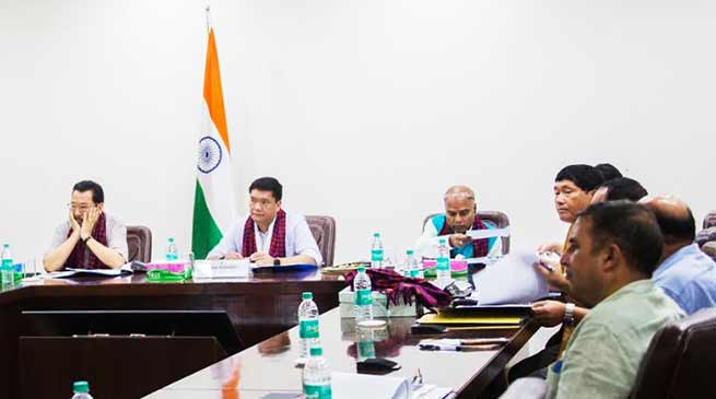 Arunachal CM holds meeting with officials of Oil Companies