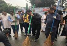 Arunachal CM takes part in a cleanliness drive