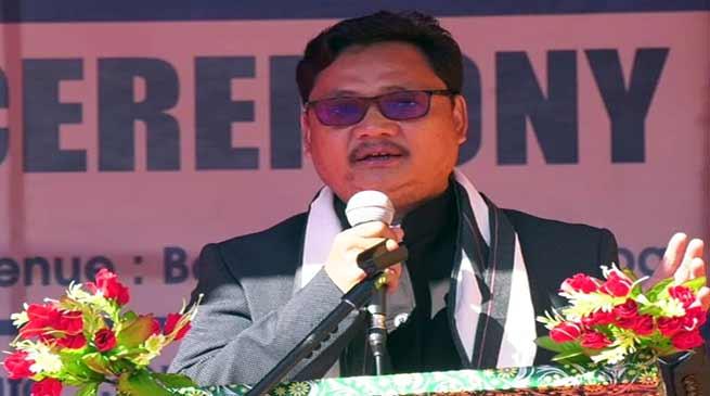 Arunachal:Journalist Chopa Cheda joins politics