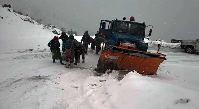 Arunachal: BRO Clears Sela Pass of snow