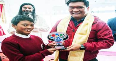 Arunachal CM Visits Eklavya Model Residential School in Lumla