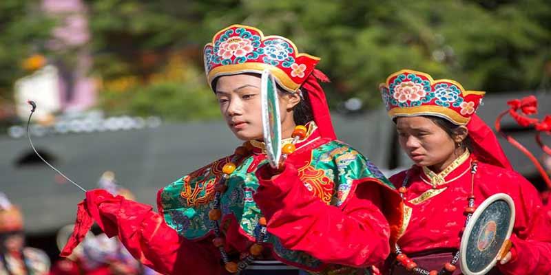 Arunachal: Khandu attends Losar Festival