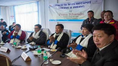 Arunachal: Khandu launches WiFi hotspost for Tawang and Dirang