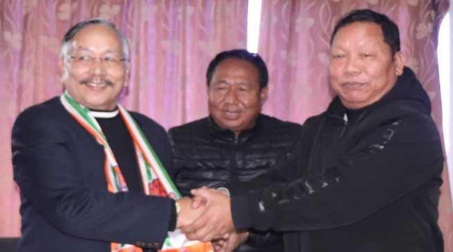 Itanagar: Former Home Minister James L Wanglat joins congress