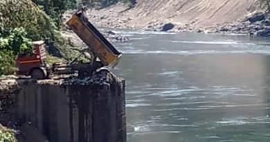 Arunachal: Stop disposing garbage in Kameng river- DC Order
