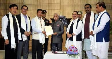 Arunachal: Governor invites Pema Khandu to form Government