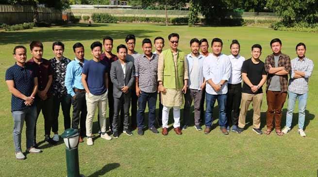 Arunachal's Students felicitates Kiren Rijiju in Delhi