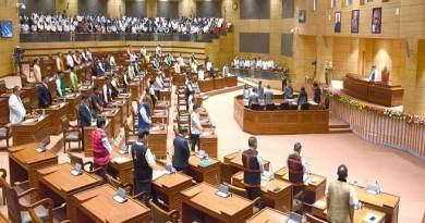 Arunachal: Newly elected Arunachal legislators sworn-in