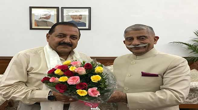 Arunachal Governor meets HRD and DoNER Ministers