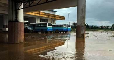 Arunachal: ISBT flooded with rainwater and mudslide