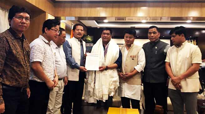 Arunachal: NPP gives its support to Pema Khandu led BJP Govt in state