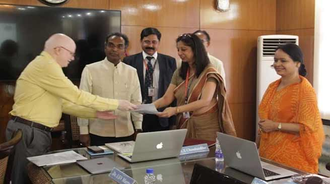 Assam: MOU signed between NIPER and Royal Global University