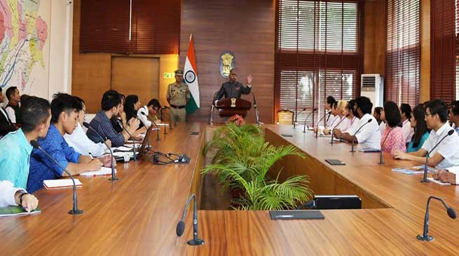 Arunachal: Governor shared the background of Article 35A and Article 370, with students