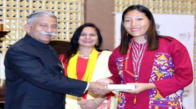 Arunachal Governor felicitates best performing CDPOs