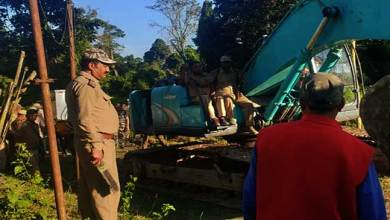 Photo of Arunachal: Assam forest officials stopped PMGSY road construction in Tarasso