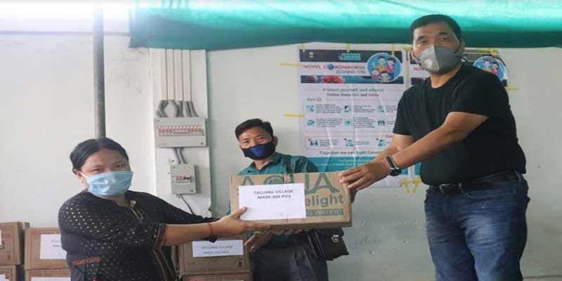 Arunachal: Tapuk Taku distributes face mask to the people of his constituency