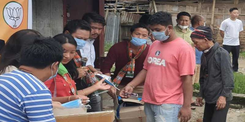 Arunachal: BJP ST Morcha distributed facemask, hand gloves and sanitizers