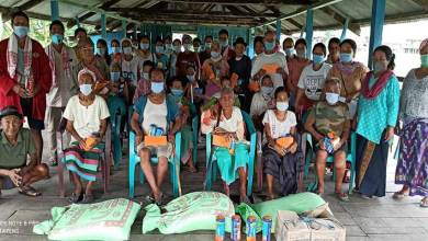 Photo of Arunachal: Borguli Siang Ane distributes energy booster items to old age people amidst COVID-19