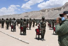 Photo of PM Modi visits Nimu in Ladakh, interact with Indian troops