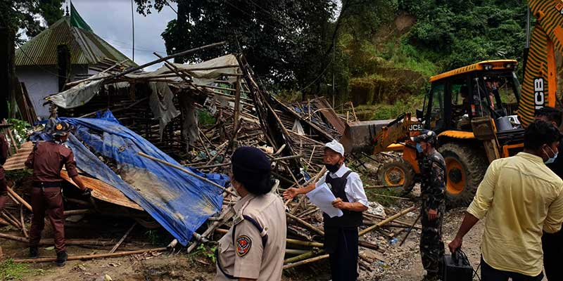 Itanagar: Eviction drive on NH-415, vegetable sheds demolished, 18 vendors apprehended