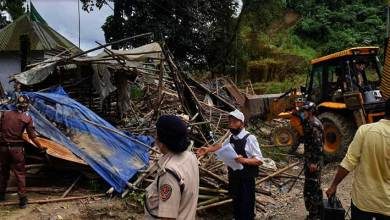 Photo of Itanagar: Eviction drive on NH-415, vegetable sheds demolished, 18 vendors apprehended