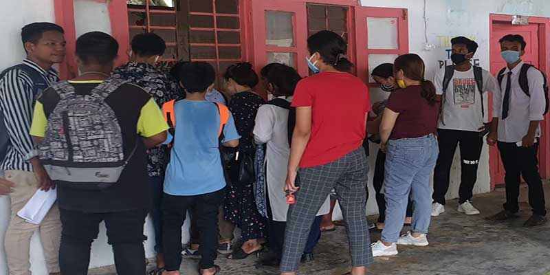 Itanagar: Students return to schools for academic guidance first time since March