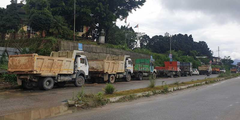Itanagar- Shift parking places of commercial vehicles from the market area- Commuters