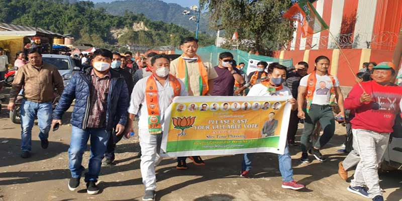 IMC Polls:Tame Phasang holds foot march on last day of campaign