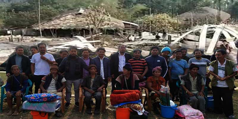 Arunachal: AdiSU distributes relief materials to fire victims of Bingung village in Siang