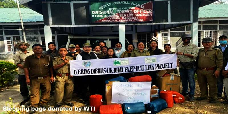 Arunachal: WTI donates sleeping bags to field staffs of DEWS, while Ponung Ering Angu donates Solar lighting