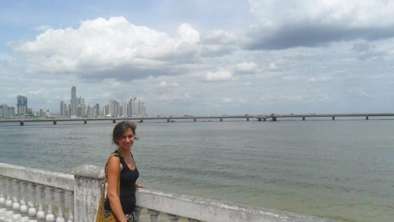Linda beside the Gulf of Panama