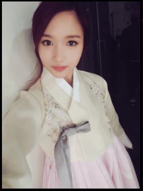 ミナ韓国衣装