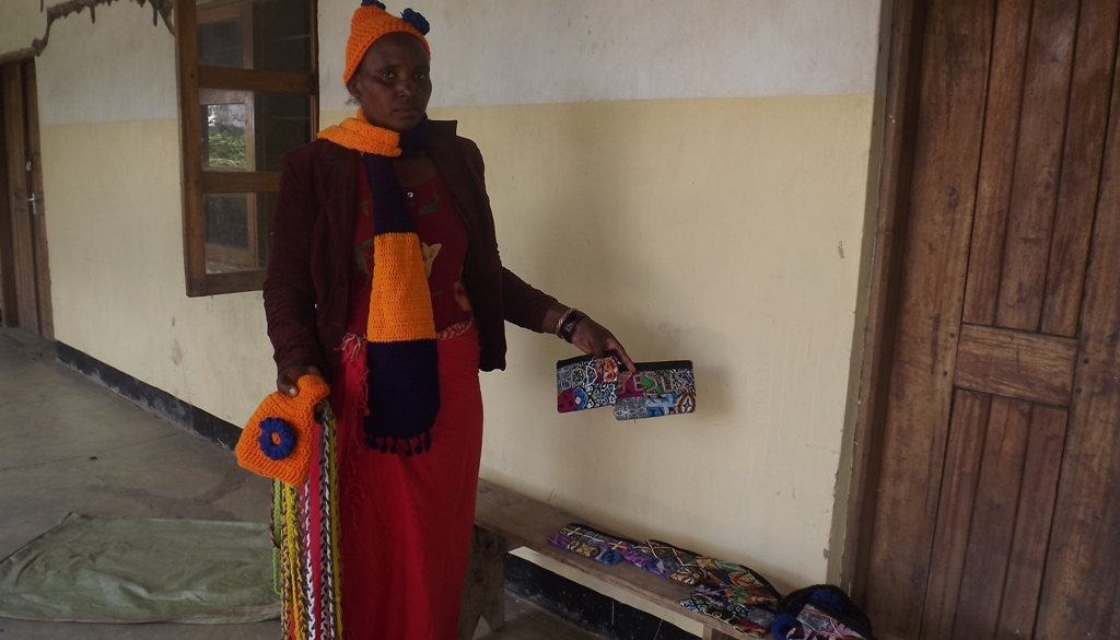 woman designing traditional handbag.jpg