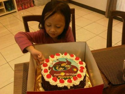 Selamat ulang tahun Nayyara