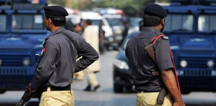 Photo of Police recover Rs9 million from Karachi bank robbers
