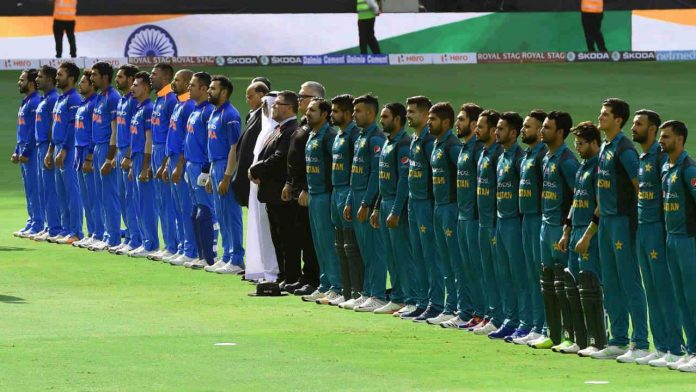 Rivals India and Pakistan meet in Manchester