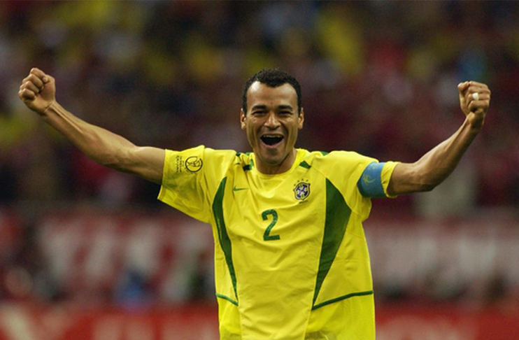 Photo of Brazilian football legend Cafu joins COVID-19 relief campaign in Pakistan