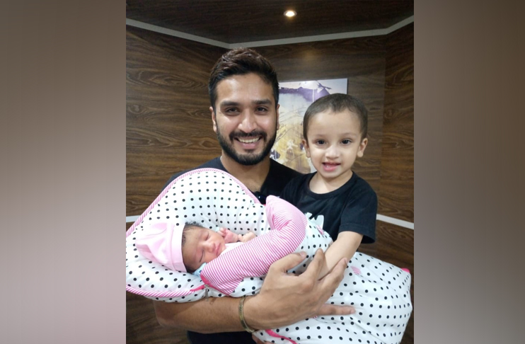 Photo of Fast bowler Rumman Raees blessed with baby girl