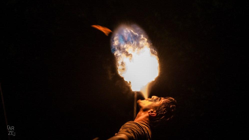 Escupint foc
