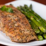 Read more about the article Almond-Crusted Parmesan Salmon